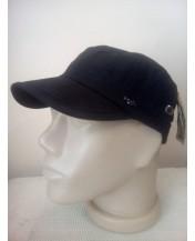 Черна мъжка шапка с малка козирка