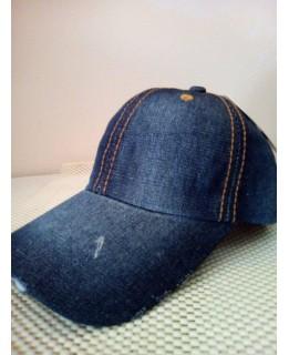 Дамска дънкова шапка Модерен класик