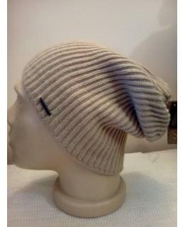 Бежова мъжка висяща шапка
