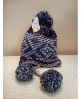 Детска зимна шапка с шнурчета