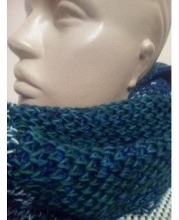 Дамски кръгъл шал Цветно плетиво 2