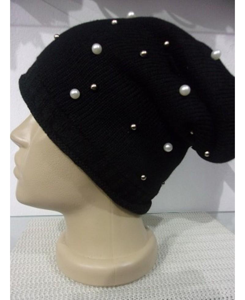 743f0ed7d44 Черна зимна шапка с перли - VeranoClub - онлайн магазин за шапки ...